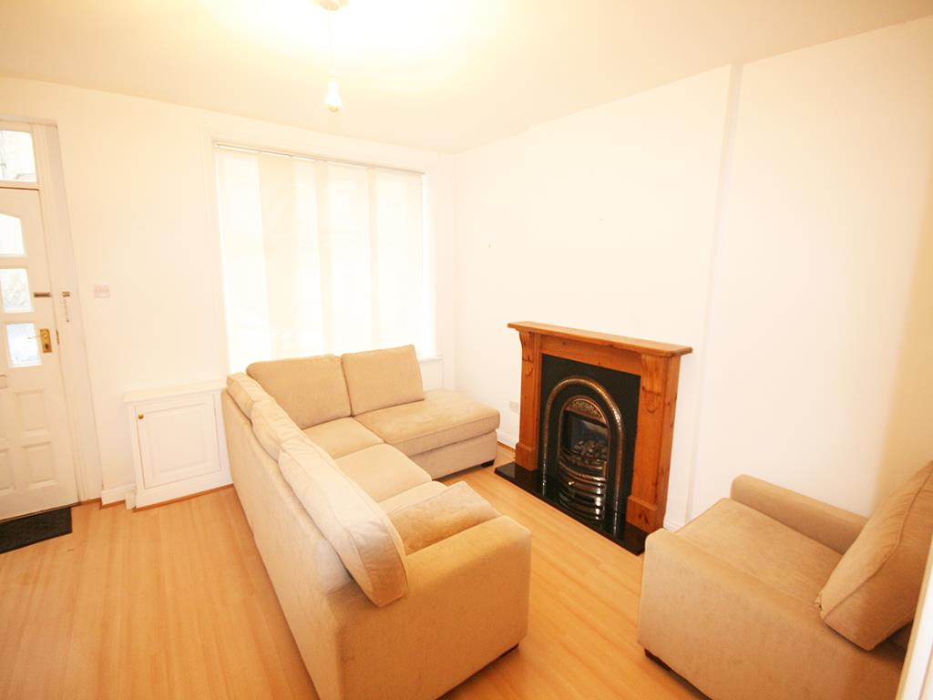 2 bedroom mid terrace house Let Agreed in Barnoldswick - Property photograph